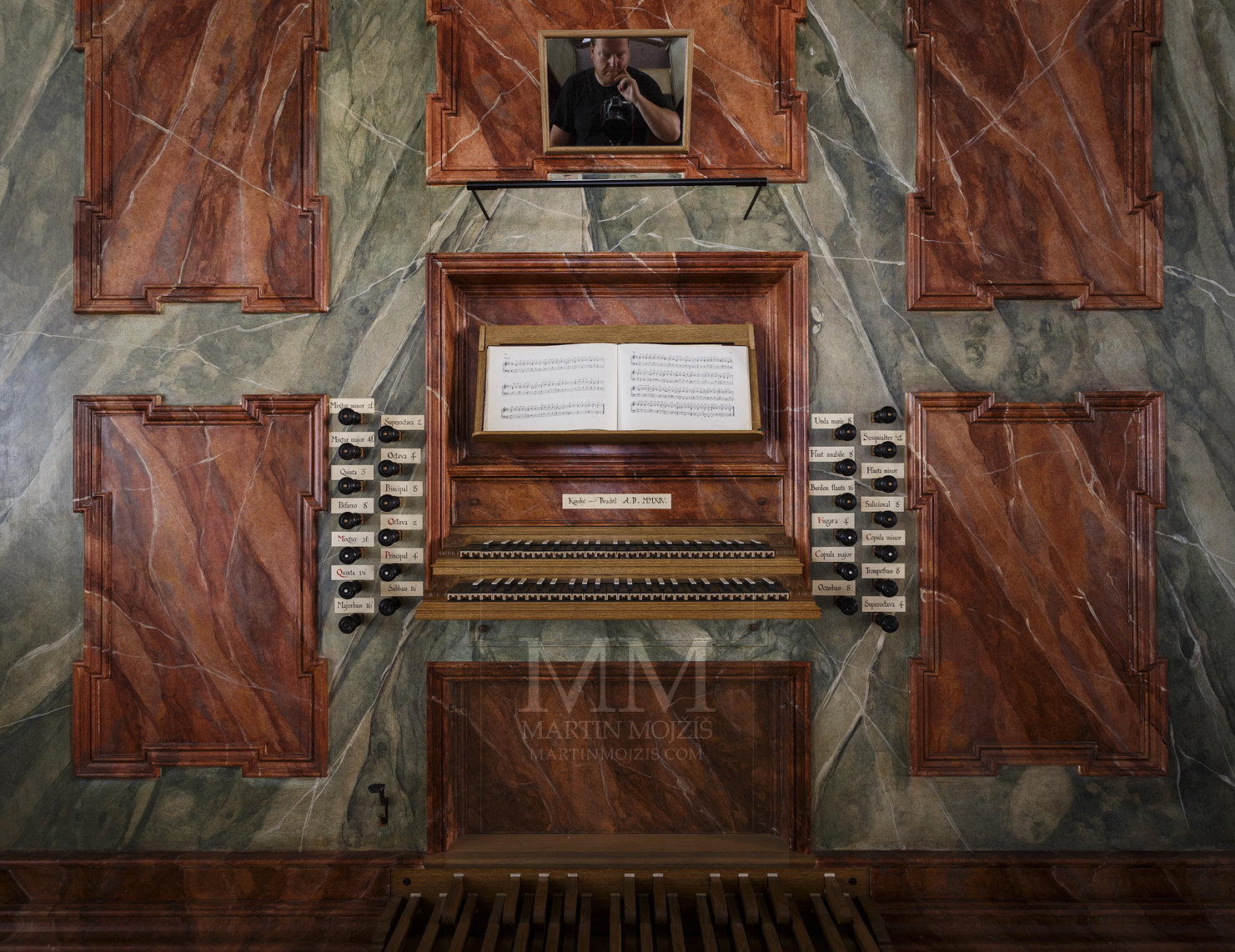 Church of st. Peter and Paul in Melnik. Church organ. Professional photography of architecture - interiors.