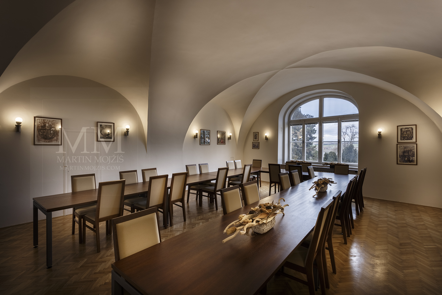 Melnik City Hall – meeting room. Professional photography of architecture - interiors.
